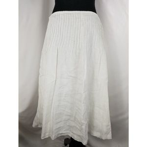 7fac829acd222b Tommy Hilfiger Skirts - Tommy Hilfiger White Embroidered Skirt Size 12
